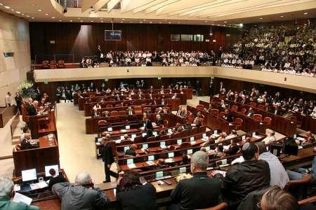 Das Gesetz verbessert die Situation für beide Seiten, denn es bringt die demokratischen Institutionen zurück an den Verhandlungstisch