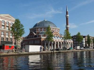 Muslime sagen: Es fühlt sich hier nicht mehr an wie Heimat!