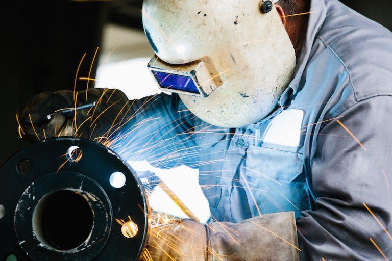 Die Wirtschaft ist nicht ernsthaft bedroht, wenn Arbeitsplätze in der Rüstung wegfallen