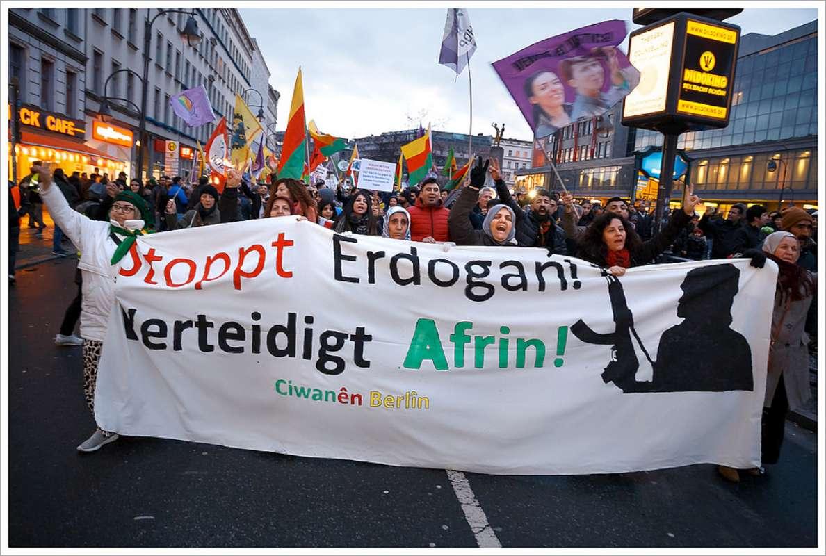 Die Debatte der Woche: Ist es gerechtfertigt, dass die Türkei die Kurden in Syrien bekämpft?