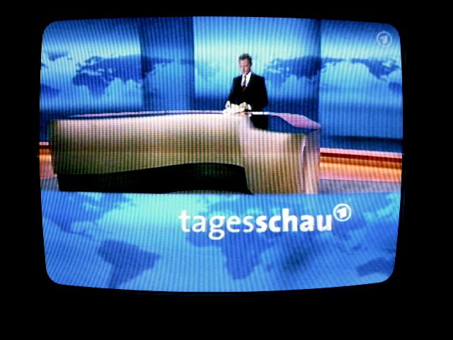 ARD und ZDF berichten parteiisch und regierungstreu