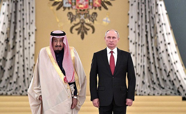 Putins Außenpolitik schützt Russland