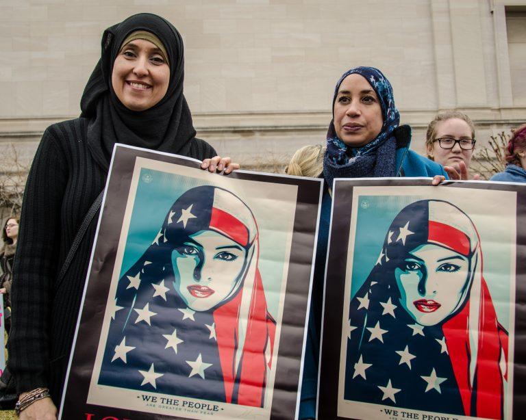 Auch Frauen mit Kopftuch können Feministinnen sein