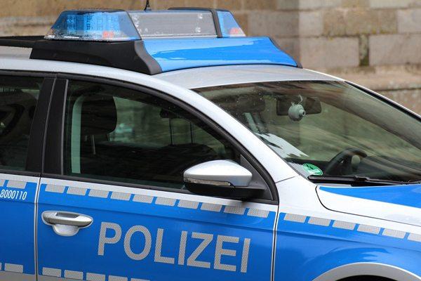 Das Beispiel Ellwangen zeigt: Journalisten sollten Informationen über Polizeieinsätze hinterfragen