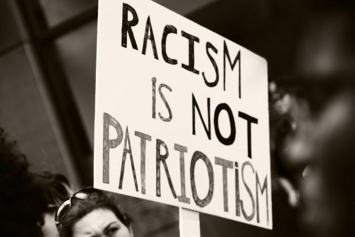 """Nazis überall?! – Weshalb es unsere Diskussionskultur zerstört, andere als """"Nazi"""" zu beschimpfen"""