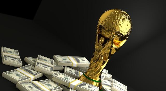 Politik und Fußball müssen zusammenarbeiten
