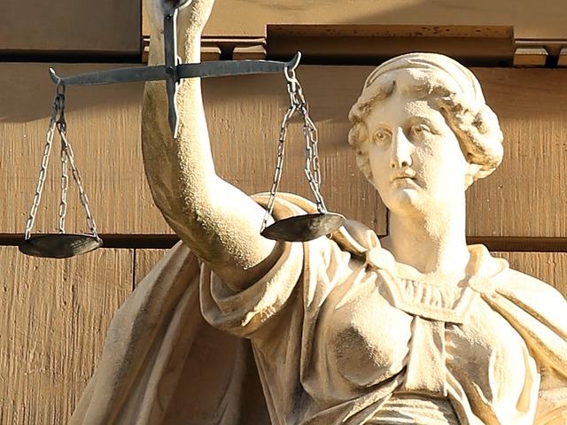 Alle schimpfen auf Polen. Aber ist die deutsche Justiz unabhängiger?