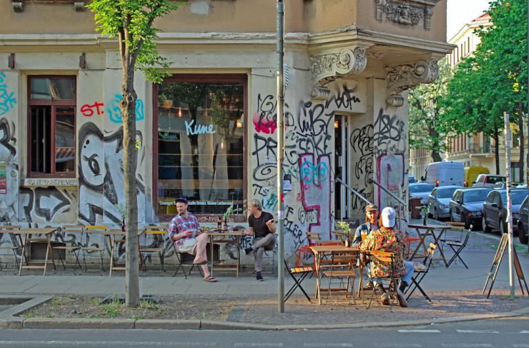 Je mehr neue Menschen zuziehen, desto belebter und attraktiver wird das Stadtviertel
