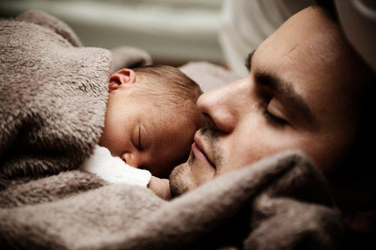 Darum lohnt es sich auf lange Sicht, wenn Väter in Elternzeit gehen