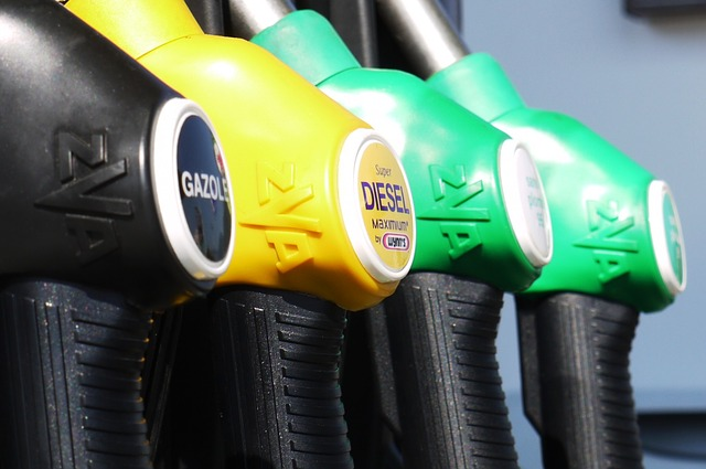 Warum diskutieren alle über Diesel anstatt in E-Autos zu investieren?