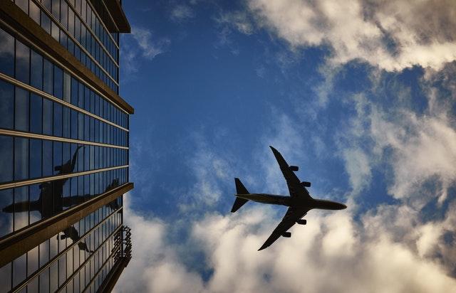 3 Tipps, wie Geschäftsflüge klimafreundlicher werden können
