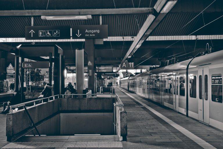 Muss die Deutsche Bahn privatisiert werden?