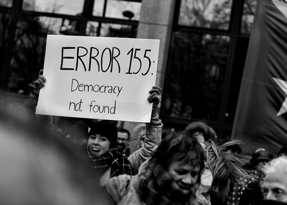 Soziale Medien schwächen die Demokratie