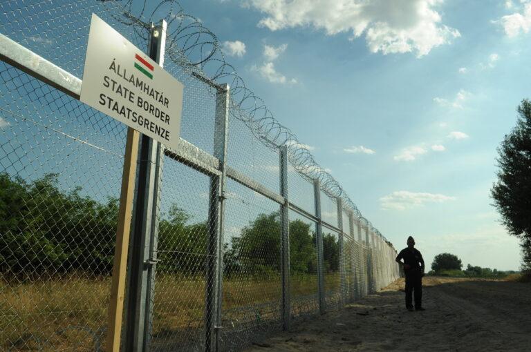 Serbien will niemanden aufnehmen. Trotzdem sitzen Geflüchtete dort fest.